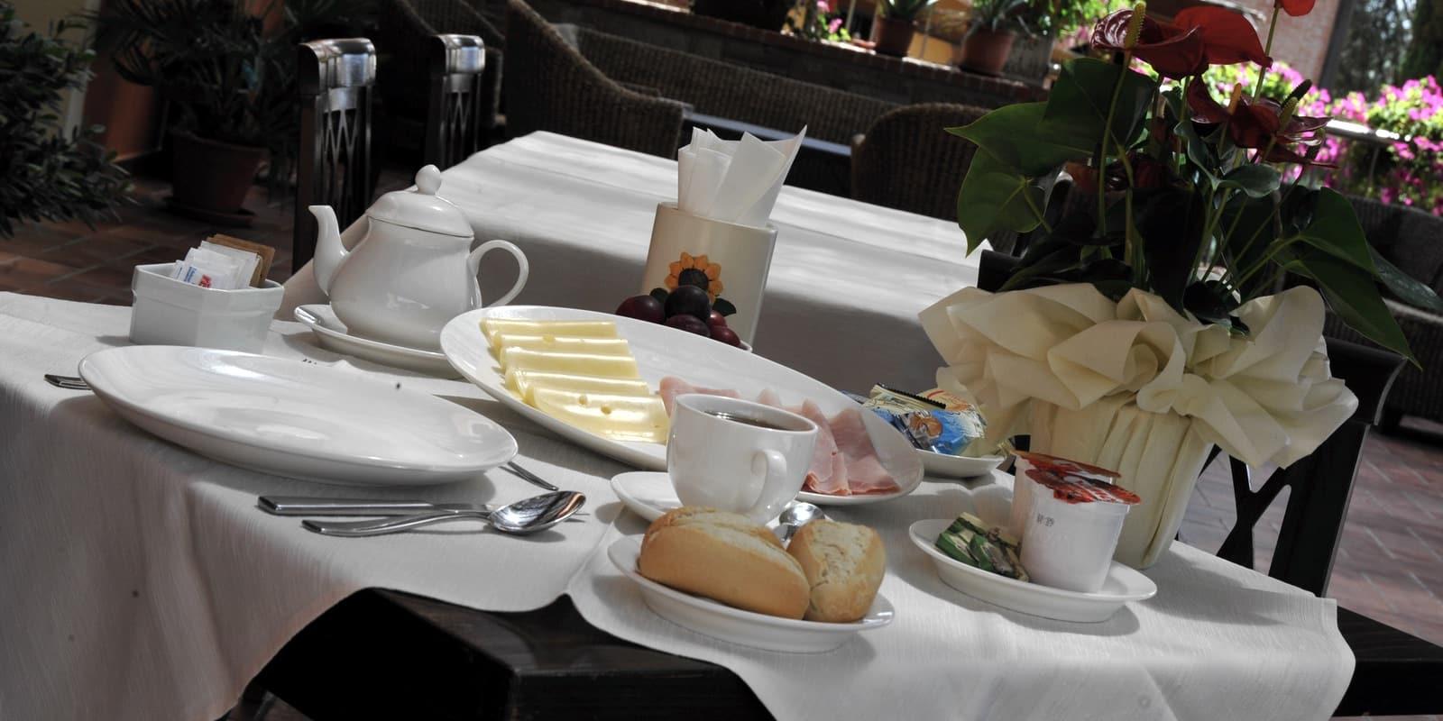 colazione porticato corte benedetto