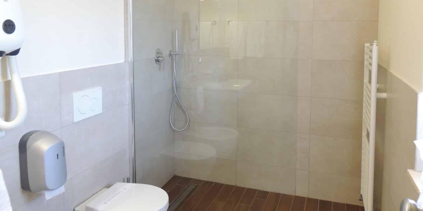 Appartamento camera da letto bagno