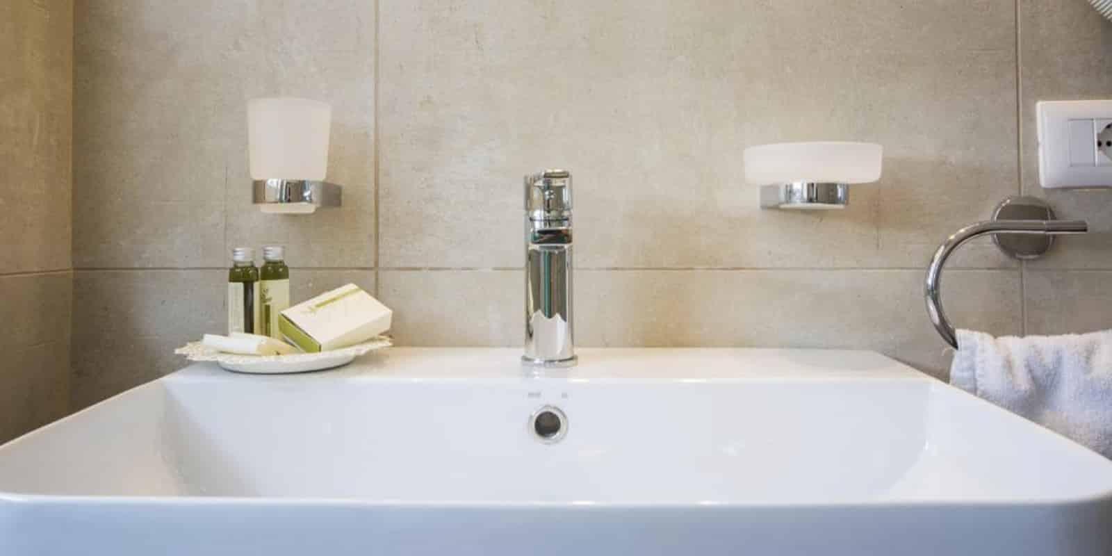 Dettaglio bagno camera da letto